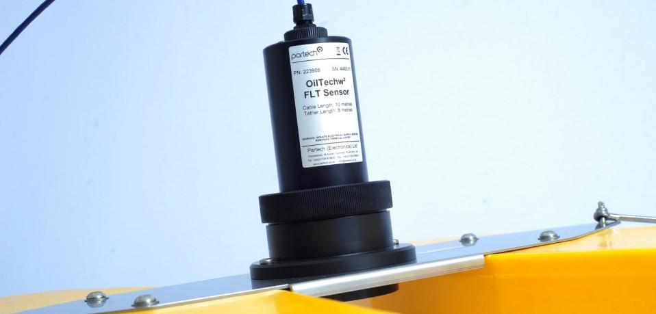 OilTechw² FLT Sensor on Water